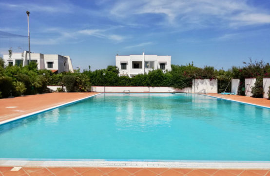 Villa in Residence Paradise Torre Santa Sabina